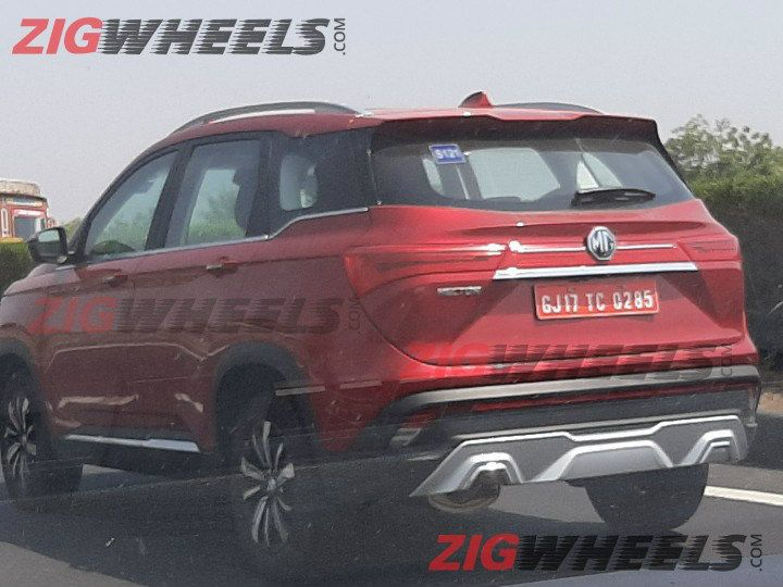 Mg Hector Red Rear Three Quarters Spy Shot