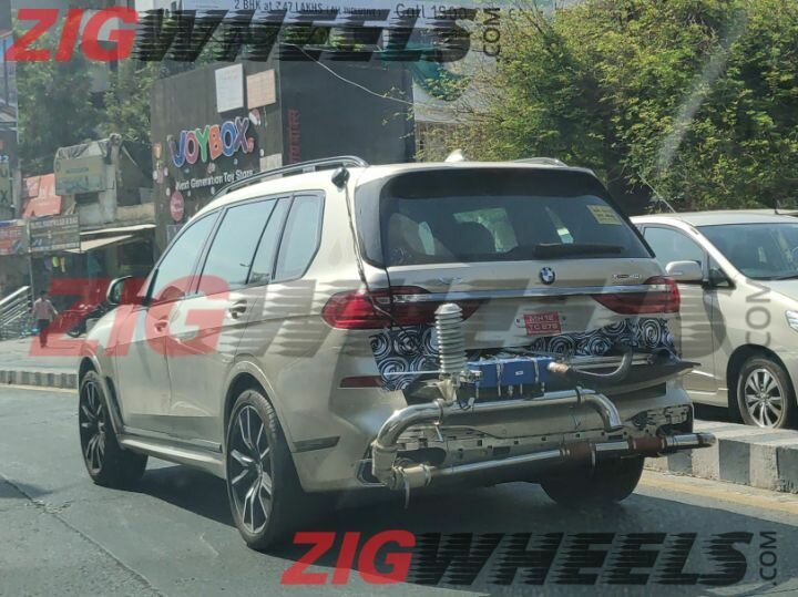Bmw X7 Xdrive40i Rear Three Quarters Spy Shot Indi