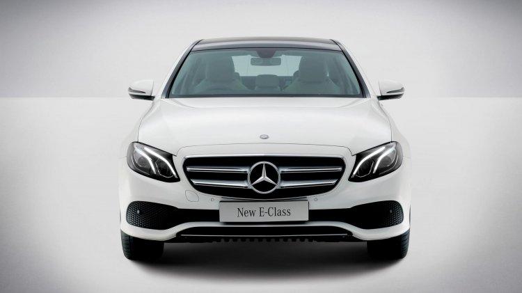Mercedes Benz E Class Front