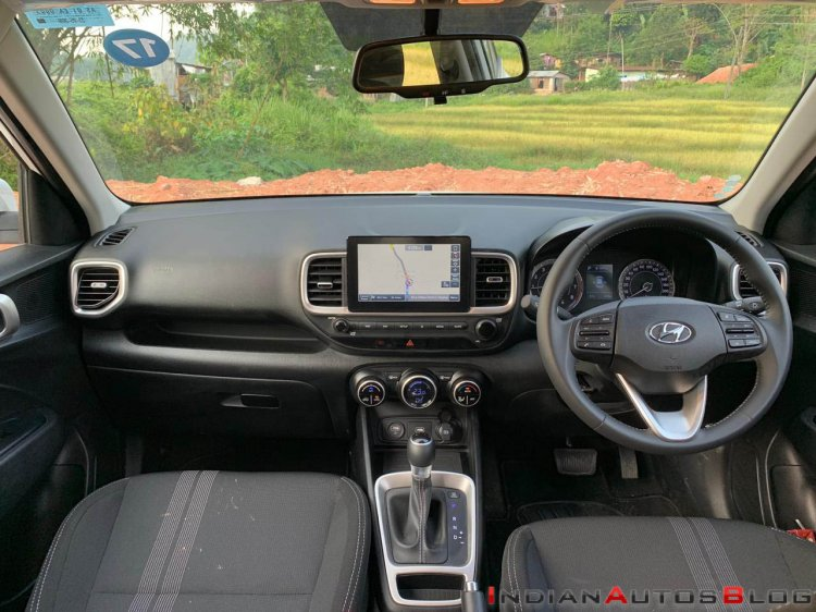 2019 Hyundai Venue Interior Dashboard 2