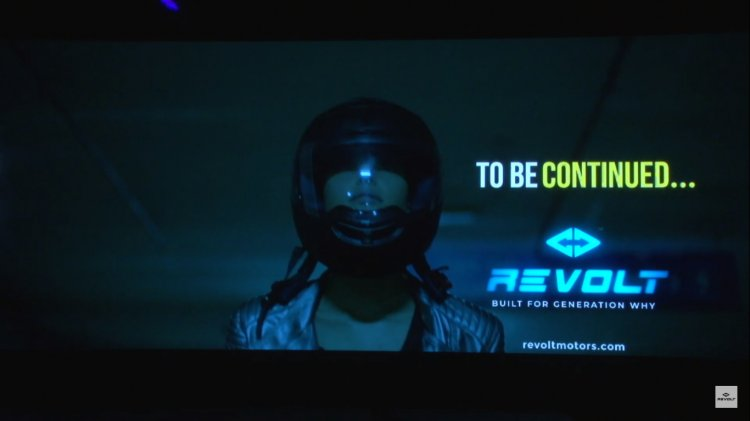 Revolt Intellicorp Helmet With Voice Commands
