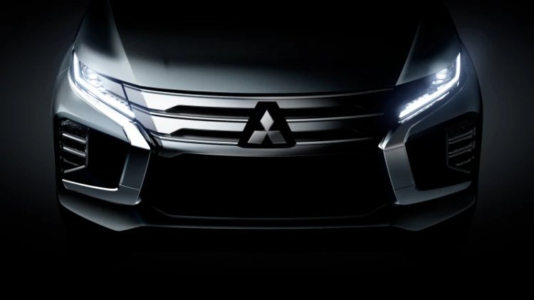 2019 Mitsubishi Pajero Sport Teaser