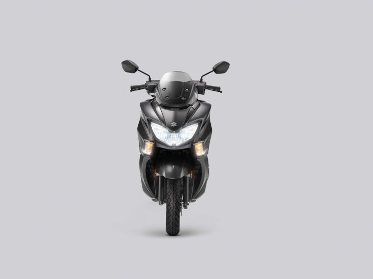 Suzuki Burgman Street Matte Black Studio Shots Fro