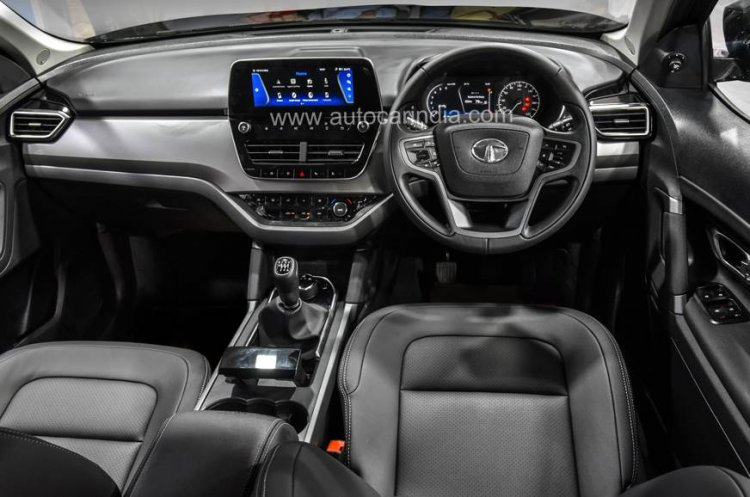 Tata Harrier All Black Interior
