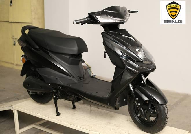 Benling Electric Scooters Right Front Quarter