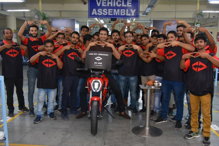 First Revolt Rv 400 Rolls Out From Manesar Plant