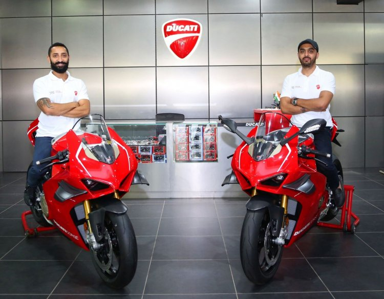 First Two Ducati Panigale V4 R Bikes Delivered In