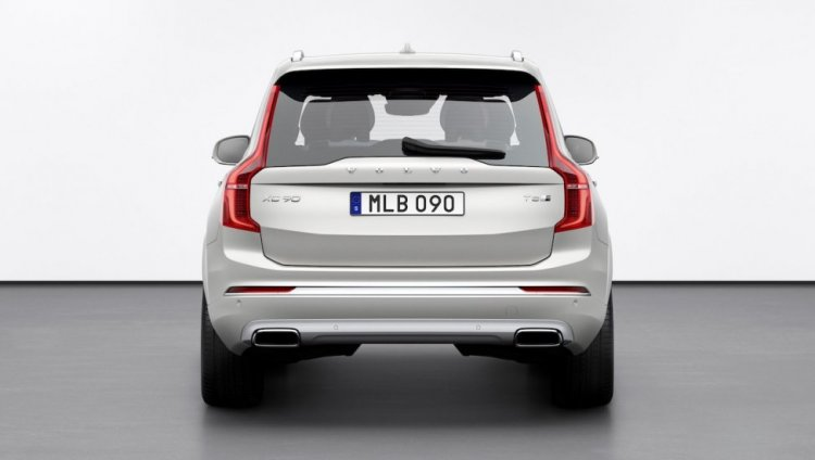 New Volvo Xc90 Facelift Rear A112