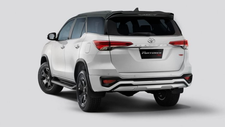 Toyota Fortuner Trd Celebratory Edition Rear Three