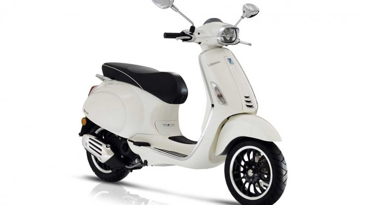 Vespa Sprint 50 Cc Press Images Right Front Quarte