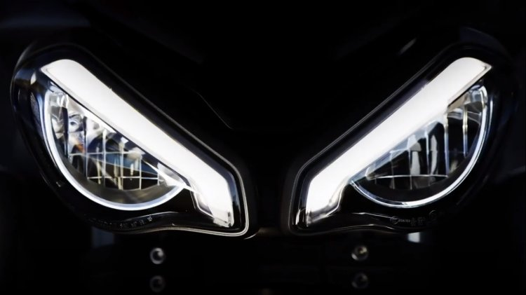 2020 Triumph Street Triple Rs Teaser Headlight