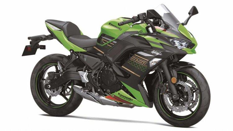 2020 Kawasaki Ninja 650 Right Front Quarter