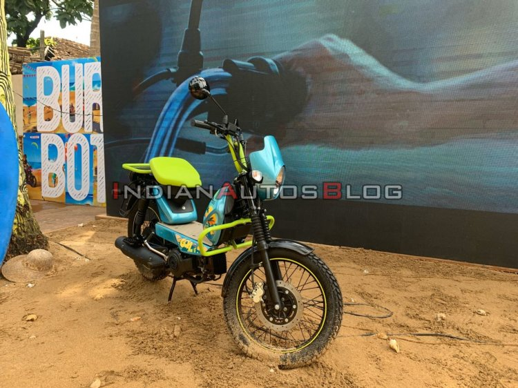 Modified Tvs Xl100 Goa Right Front Quarter