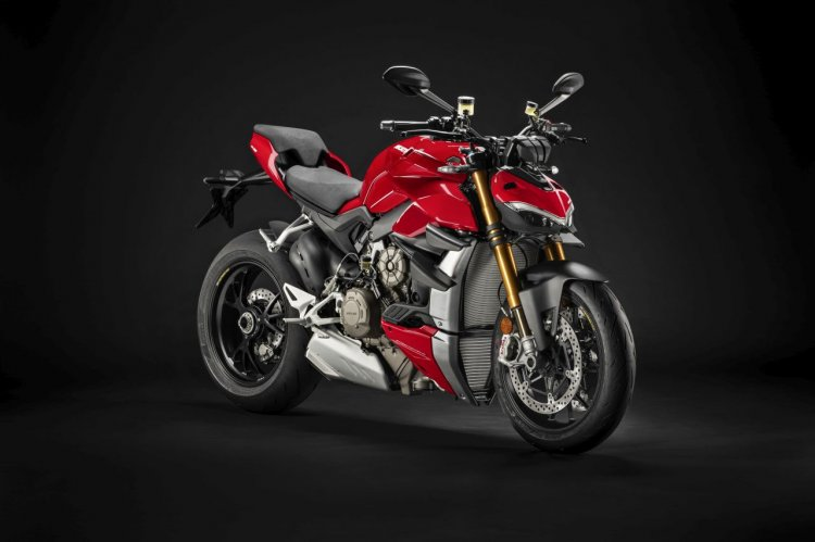 Ducati Streetfighter V4 S Right Front Quarter