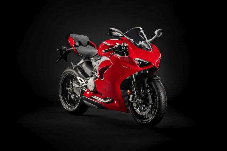 Ducati Panigale V2 Profile Shots Right Front Quart