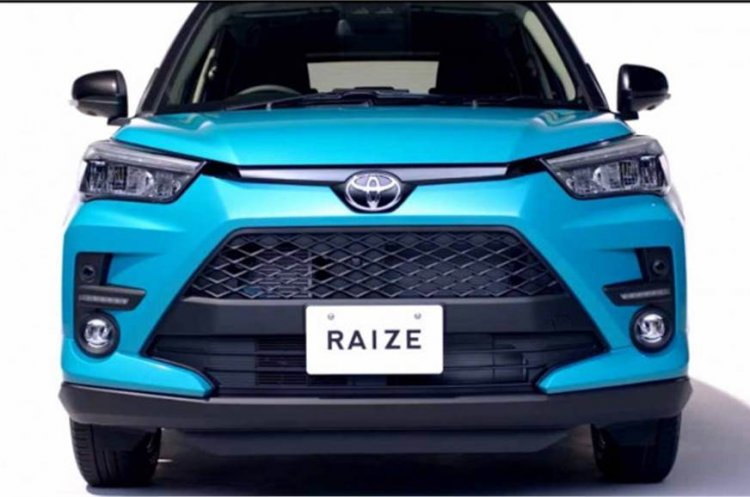 Toyota Raize Front End
