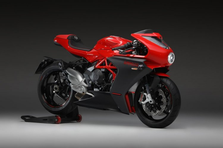 Mv Agusta Superveloce 800 Press Image Right Front