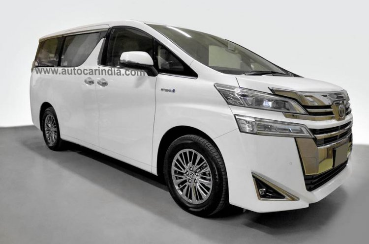 Toyota Vellfire Front Quarters