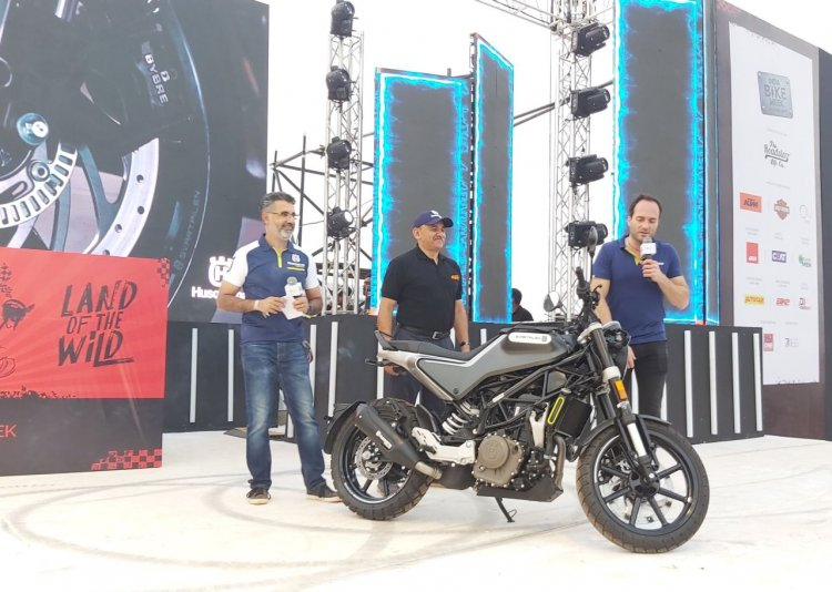 Husqvarna Svartpilen 250 At India Bike Week