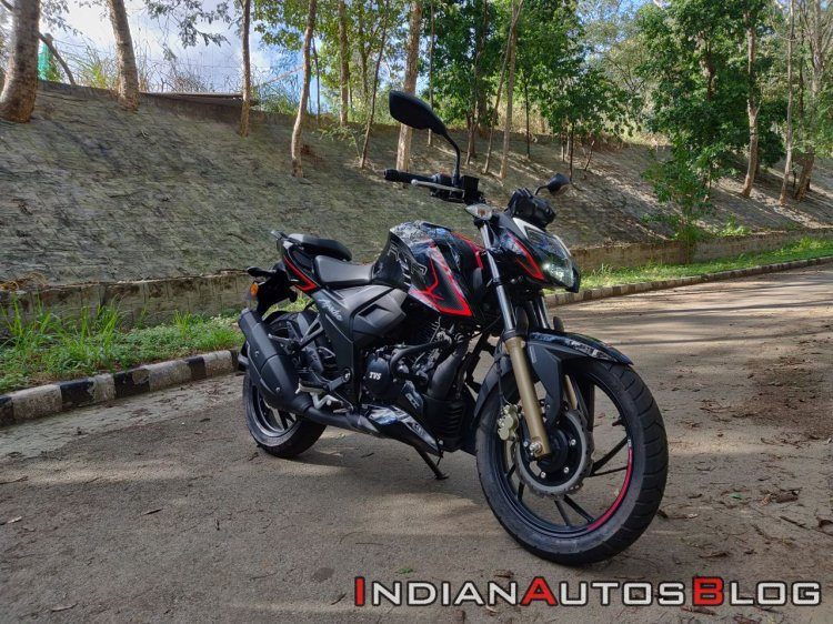 Bs Vi Tvs Apache Rtr 200 4v Review Still Images Ri
