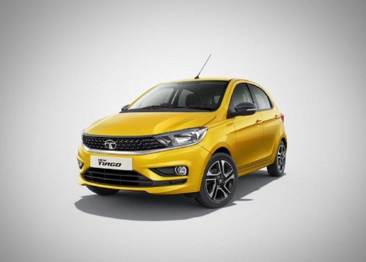 2020 Tata Tiago Facelift Yellow Front Three Quarte