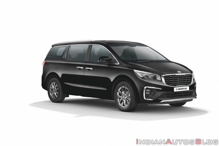 Indian Spec Kia Carnival Limousine Front Three Qua