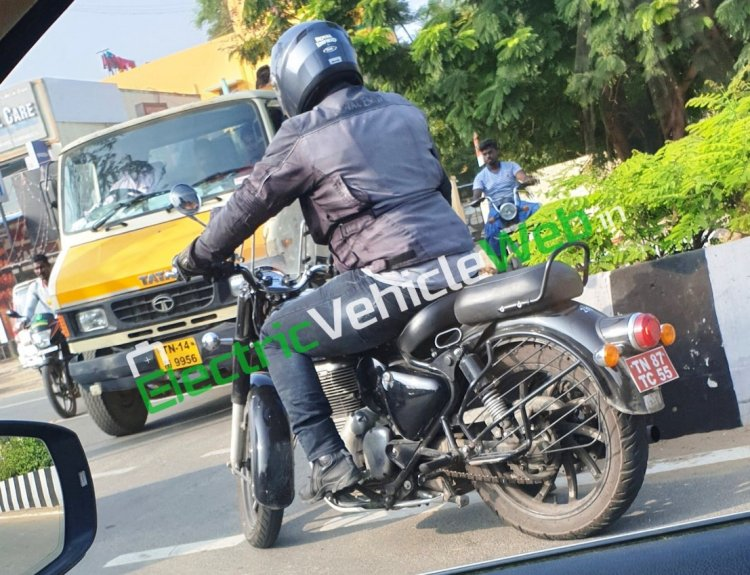 Bs Vi Royal Enfield Classic With Accessories