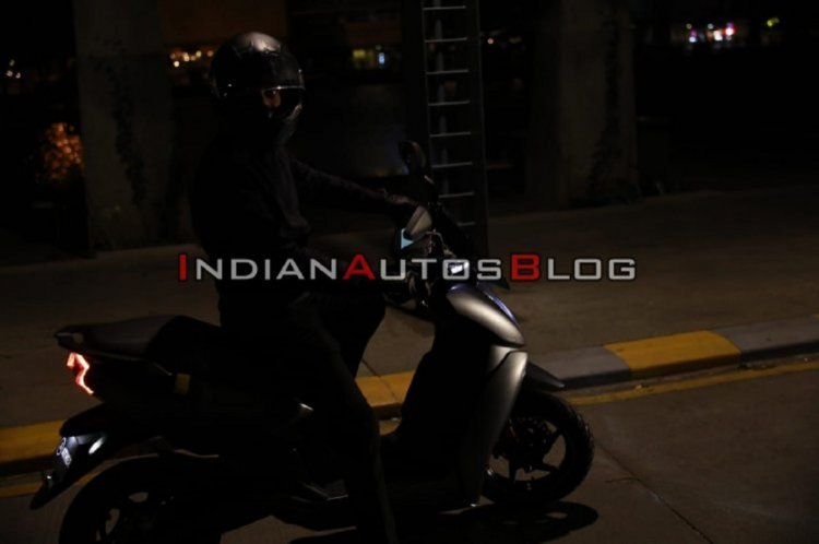 Ather 450x Spied Ahead Of Launch Right Side 13b7