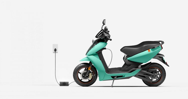 Ather 450x Green Side Profile