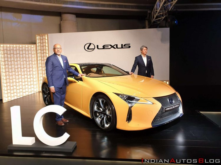 Lexus Lc 500h Front Three Quarters India