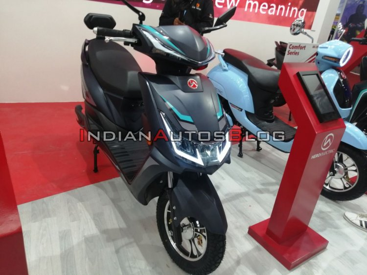 upcoming scooters in india Auto Expo 2020 Hero Electric Ae 29 Scooter Right F