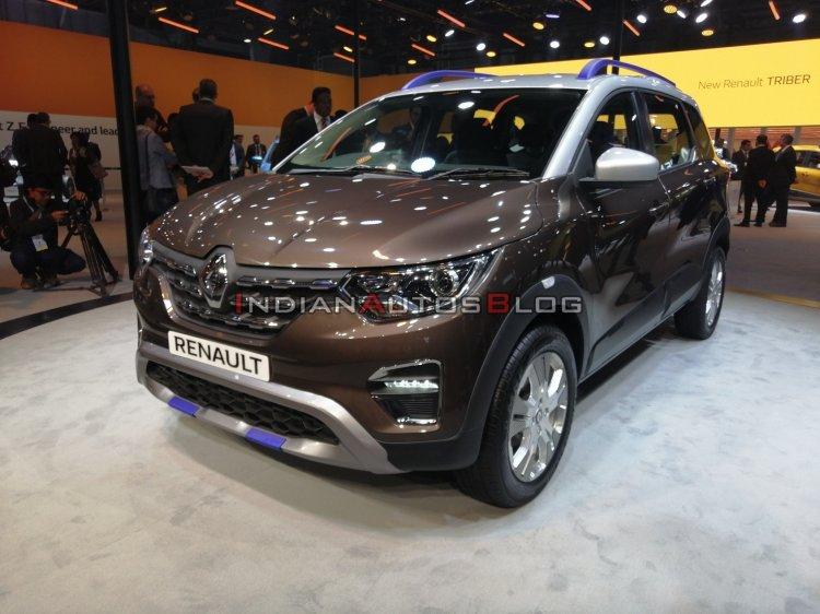 Renault Triber Amt Dual Tone Front Three Quarters