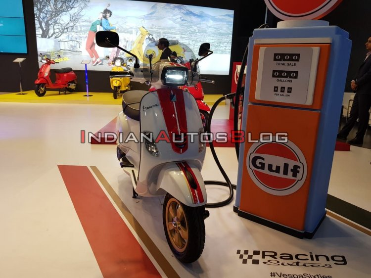 Vespa Racing Sixties Auto Expo 2020 Front