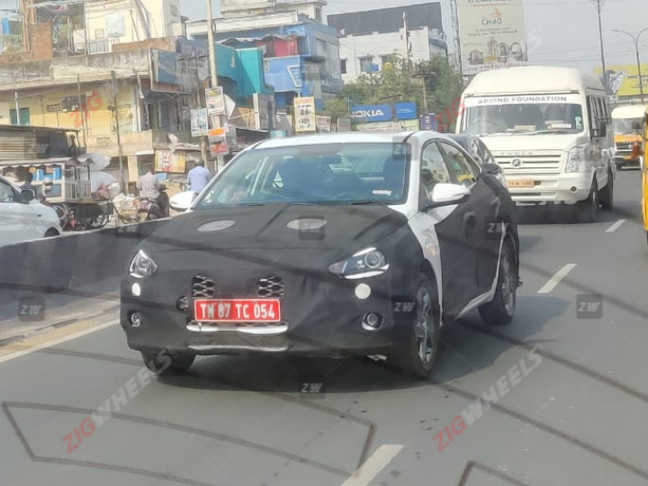 2020 Hyundai Verna Facelift Front Three Quarters S