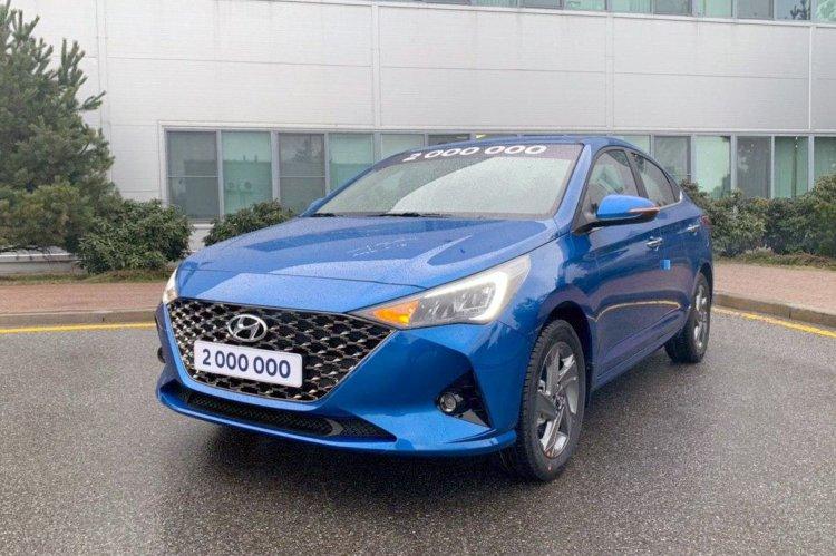 2020 Hyundai Verna Exterior Front End 1