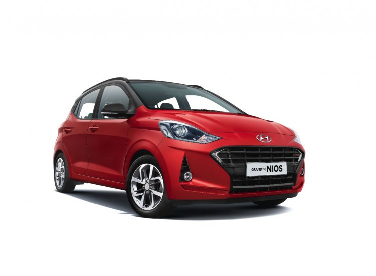 Hyundai Grand I10 Nios Turbo Front Three Quarters