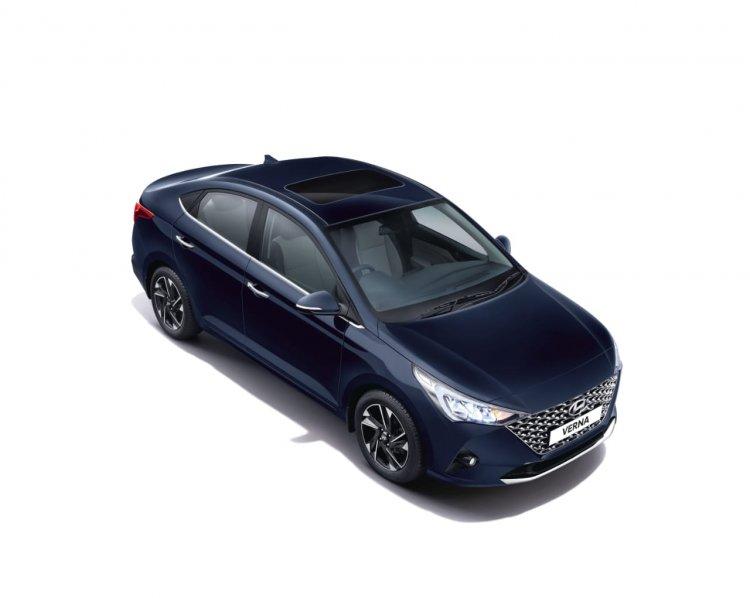 2020 Hyundai Verna Facelift Top View Sunroof