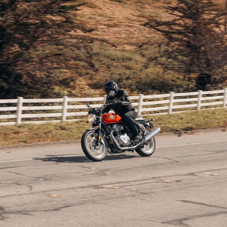 Royal Enfield Interceptor 650 In Action