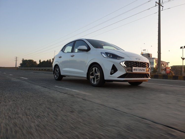 Hyundai Aura Review Images Action Photo 4 4efb