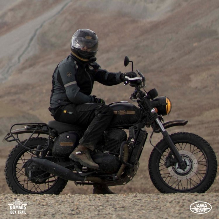 Modified Jawa Forty Two Rhs