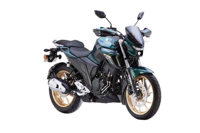Bs6 Yamaha Fzs 25 Front Three Quarter Rt