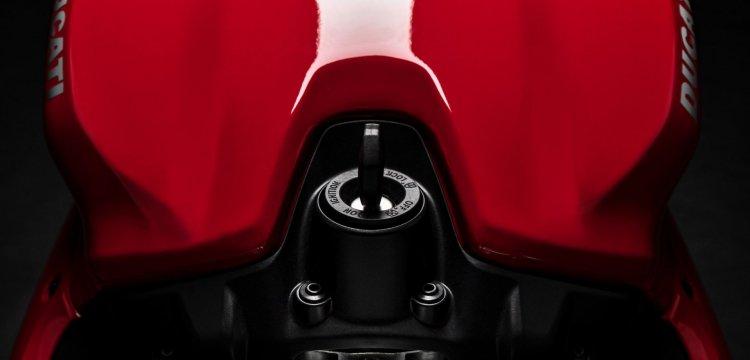 Ducati Panigale V2 Teaser Image