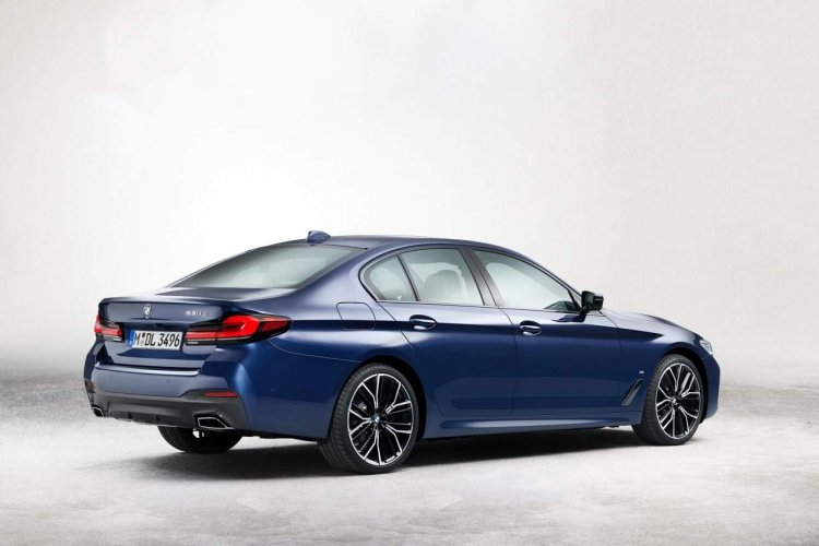 2021 Bmw 5 Series Facelift Rear Quarters Leaked Im