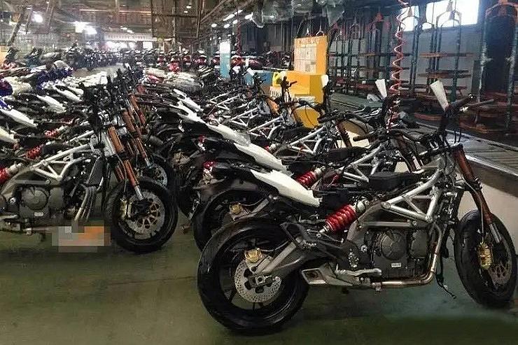 2021 Benelli Tnt 600i Benelli Srk 600 Factory