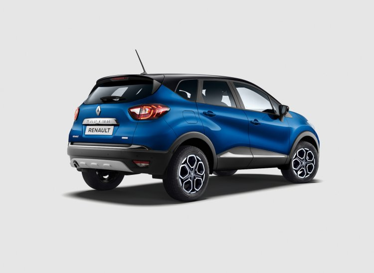 2021 Renault Captur Facelift Rear Quarters 0362