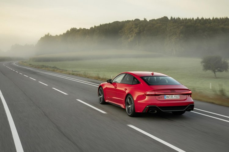 2020 Audi RS7 Sportback launched in India, costs INR 1.94 ...