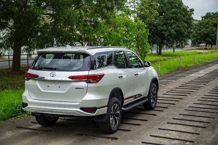 Toyota Fortuner Trd Limited Edition Being Tested R