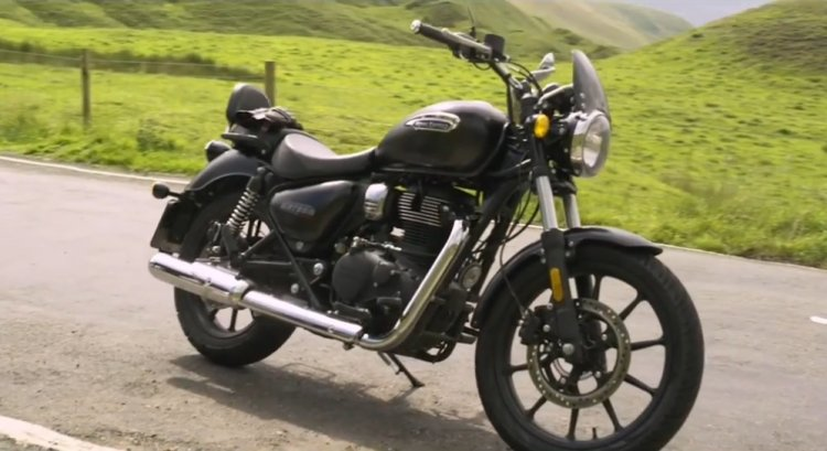 Royal Enfield Meteor 350 Outdoors