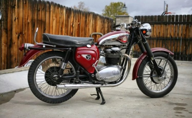 Bsa Motorcycle Right Side