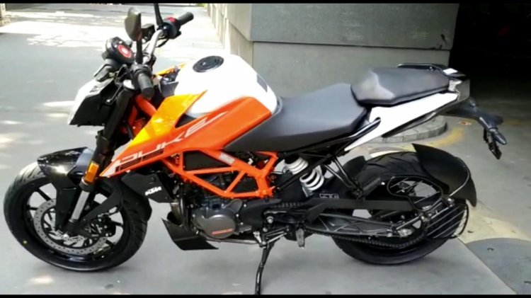 2021 Ktm 125 Duke Right Side
